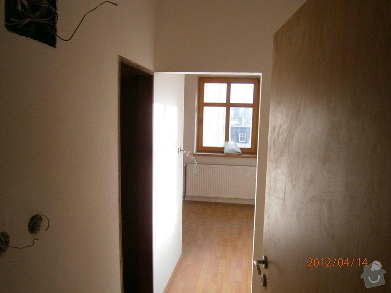 Přestavba kanceláře na bytovou jednotku: P4140007