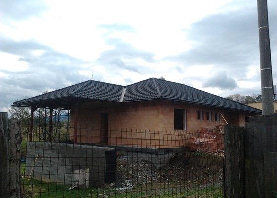Pokrytí střechy novostavby
