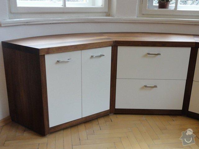 Obývací pokoj - americký ořech masiv : DSC01119