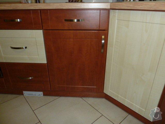 Magnetický výsuv odpadkového koše v kuchyni: P1060576