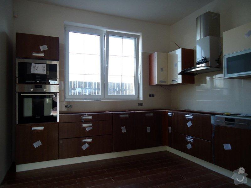 Obklady a dlažby koupelen a teras, opravy: DSC10