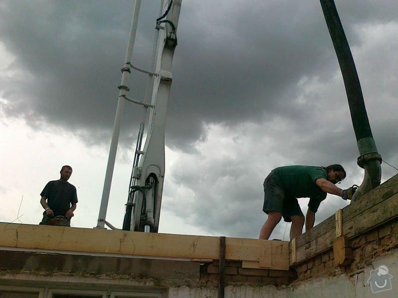 Rekonstrukce rodinného domu formou nízkoenergetické dřevostavby.: 20072012484