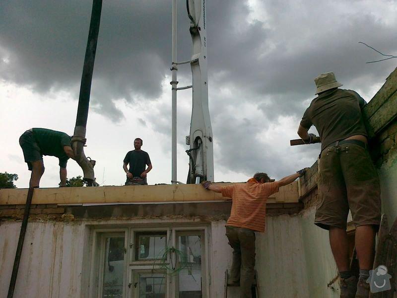 Rekonstrukce rodinného domu formou nízkoenergetické dřevostavby.: 20072012491