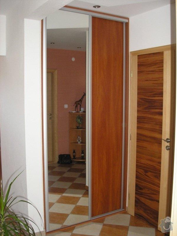Výroba,montáž kuchyně,vestavěné skříně,dveří,pokládka plovoucí podlahy.: vestavka3