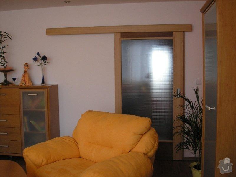 Výroba,montáž kuchyně,vestavěné skříně,dveří,pokládka plovoucí podlahy.: dvere_posuv1