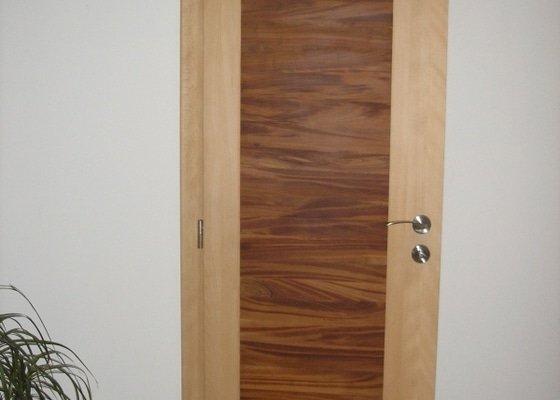 Výroba,montáž kuchyně,vestavěné skříně,dveří,pokládka plovoucí podlahy.