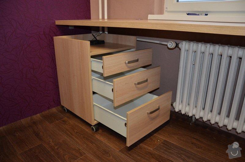 Dětský pokoj, vestavěná skříň a stůl: DSC_1014