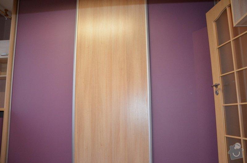 Dětský pokoj, vestavěná skříň a stůl: DSC_1019