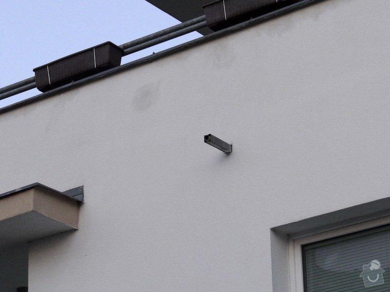 Vyřešení svodu vody z chrličů z teras: DSC00004_resize
