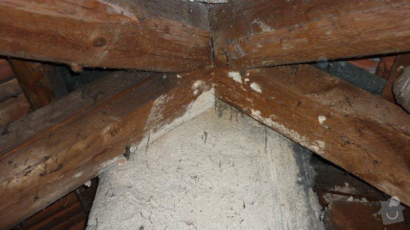Tesařské práce, oddálení dřevěné konstrukce od komína: P1050221