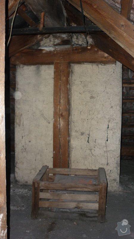 Tesařské práce, oddálení dřevěné konstrukce od komína: P1050231