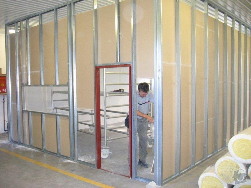 Montáže SDK příček, malby stěn, minerální podhledy a izolace: IMG_5529