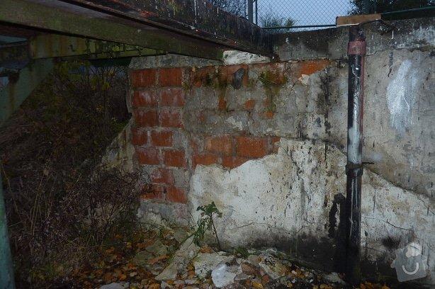 Oprava podpěrné zdi: P1110666