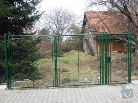 Montáž plotu včetně materiálu: Brana_s_okem_a_brankou_Jesenice