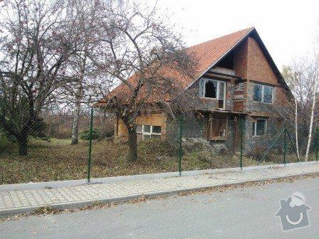Montáž plotu včetně materiálu: oploceni_dratene_s_deskou_Jesenice_vyska_200_cm