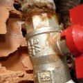Instalater vymena uzaveru vody stoupacka k zaviracich kohoutu p1170495