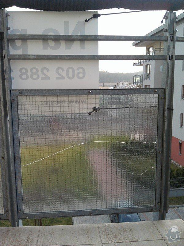 Výměna prasklého skla na balkoně: IMAG2425