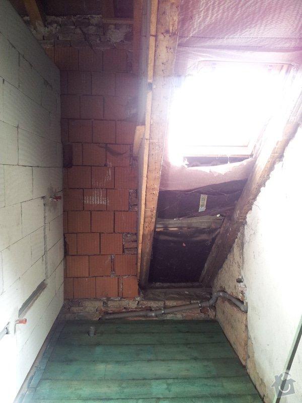 Montáže sádrokartonu v podkroví RD, suché podlahy Fermacell s podsypem, nové rozvody vody, odpadů, topení, nové rozvody elektro, zednické práce, úpravy krovů...: 01