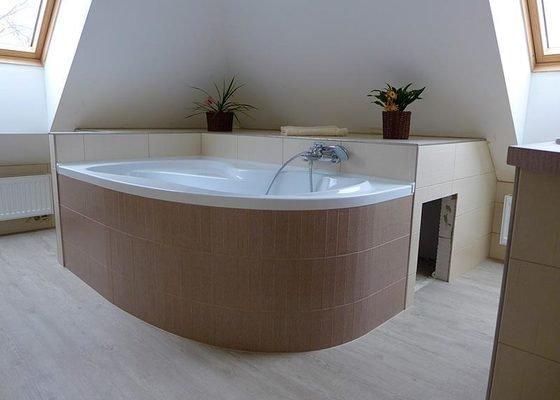 Realizace koupelny a wc v rodinném domě – Lesná