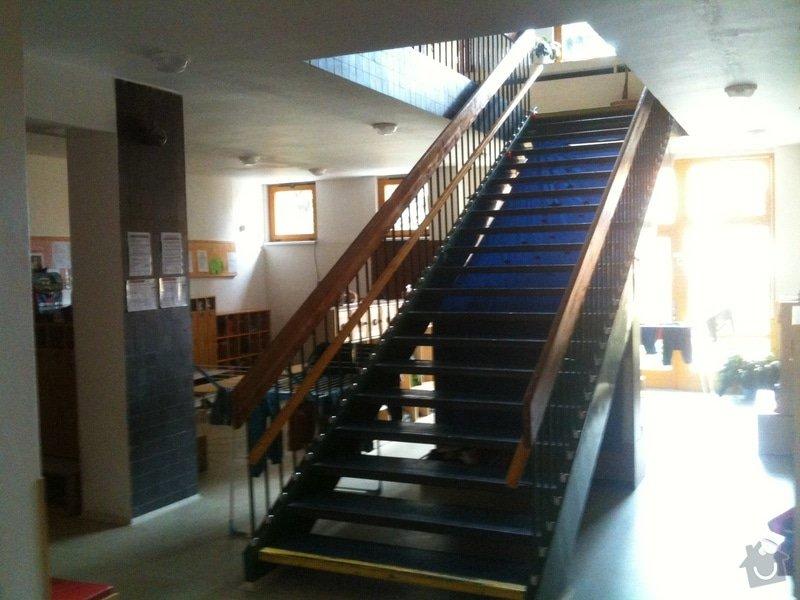 Přírodní lino/ Marmoleum - pokrytí schodiště: IMG_1743
