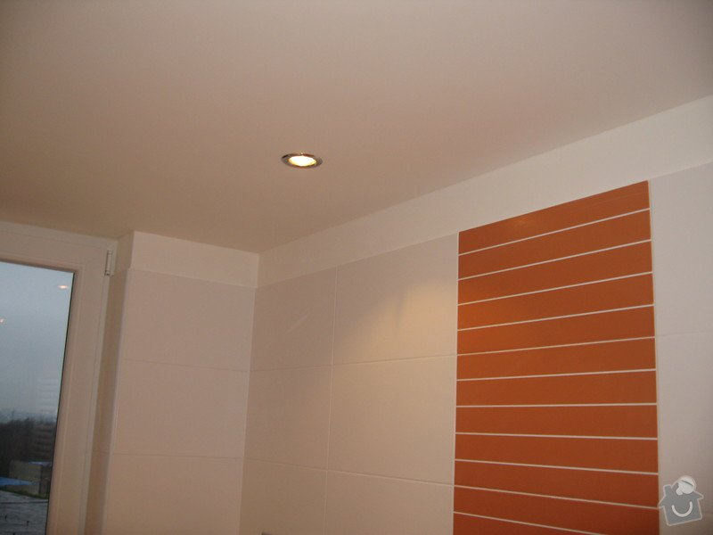 Zedník - doobložení obkladů v koupelně: IMG_1736