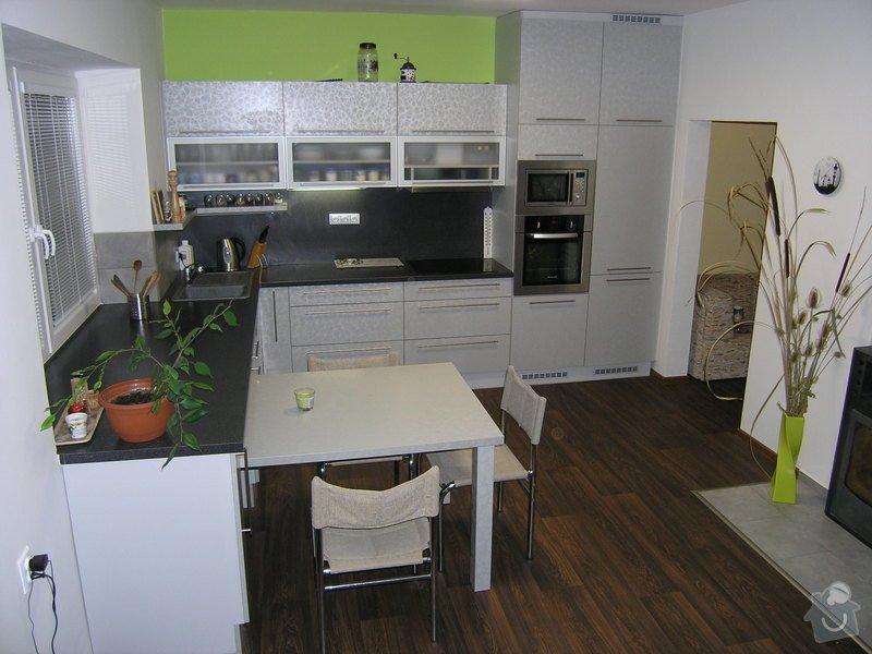 Kuchyňská linka: P1011911