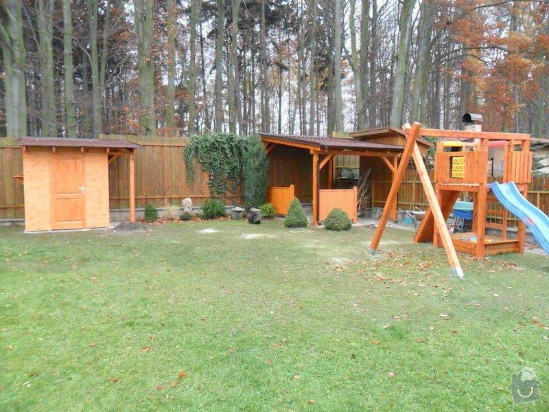 Zahradní domek, přístřešek a dětské houpačky: SAM_0500