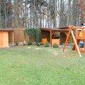 Zahradni domek pristresek a detske houpacky sam 0500
