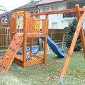 Zahradni domek pristresek a detske houpacky sam 0493