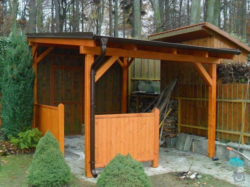 Zahradní domek, přístřešek a dětské houpačky: SAM_0498