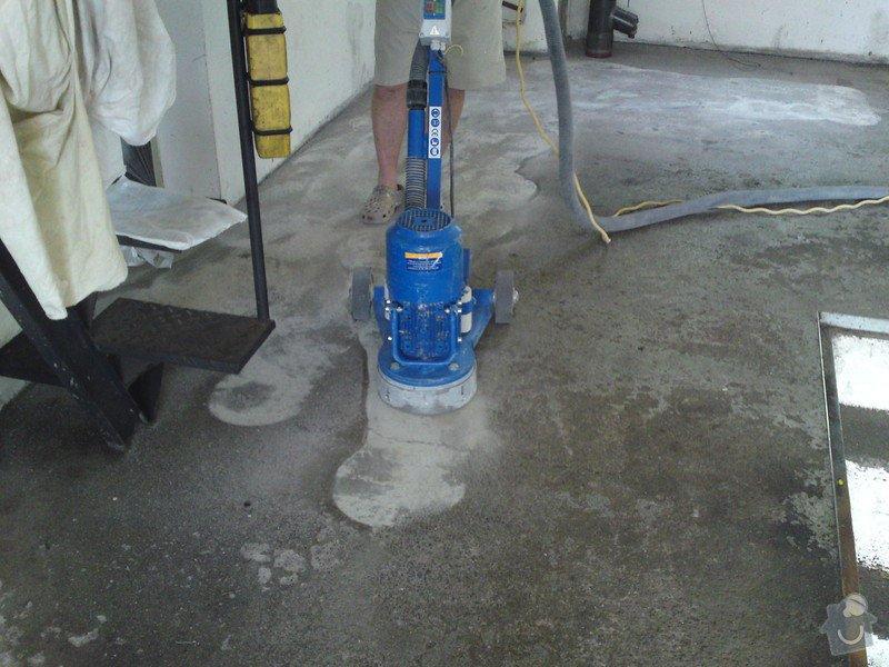Renovace garáže, fasáda garáže - p.Ježek, Sázava: SE_905_-_17.7.2010_011