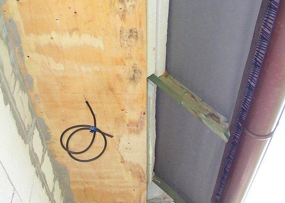 Oprava zateplení střešního převisu na RD