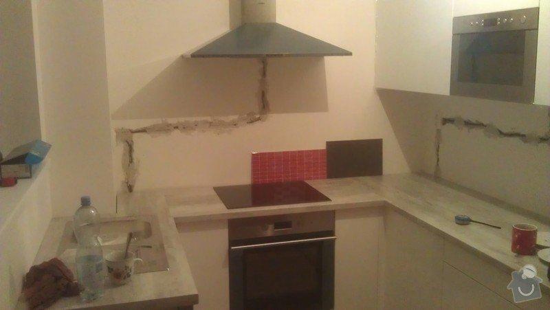 Obklad kuchyně nad pracovní deskou: IMAG0538