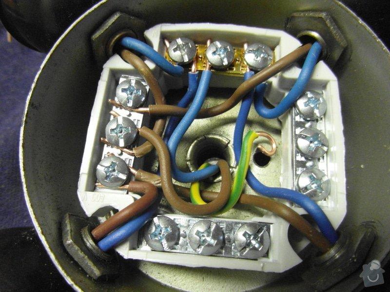 Oprava světla + oprava sluchátek: detail_novych_kabelu_3xCYKY_1_5mm_svorkovnice