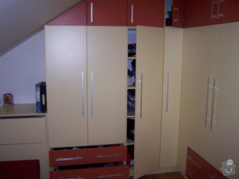 Vybavení rodinného domu - truhlářská práce: 100_9185