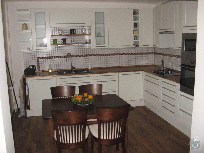 Nalepení vinilové podlahy s úpravou podložného povrchu: IMG_9975