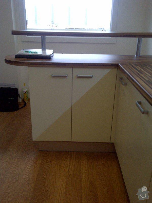 Rekonstrukce kuchyně a obývacího pokoje, výroba kuchyňské linky: IMG-20121205-00729