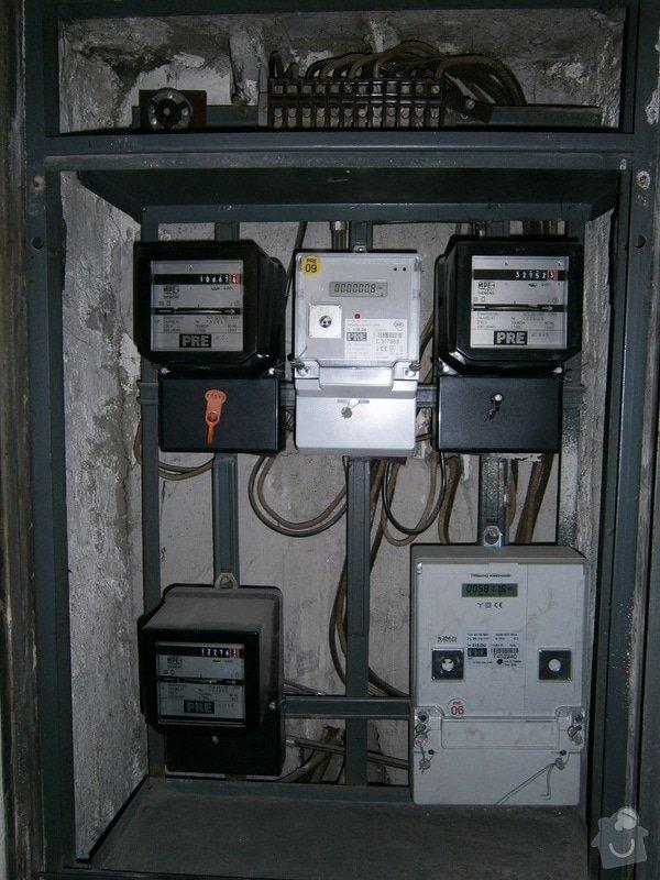 Elektroinstalace (připojení trouby): P8110003
