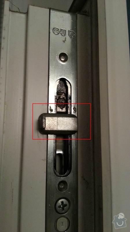 Oprava/seřízení kování na plastových oknech: 2012-12-11_18.52.00_