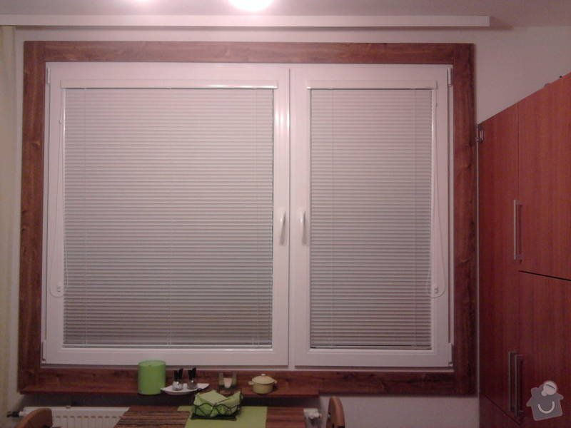 Vestavěné skříně + obložení oken: Fotografie1282