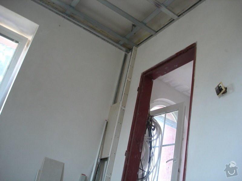 Sádrokartony , omítky , obklady , dlažby , plovoucí podlahy: DSC00153
