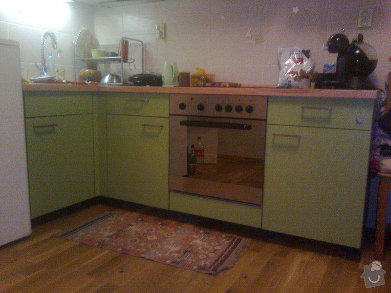 Spodní krycí deska u kuchyňské linky: 2