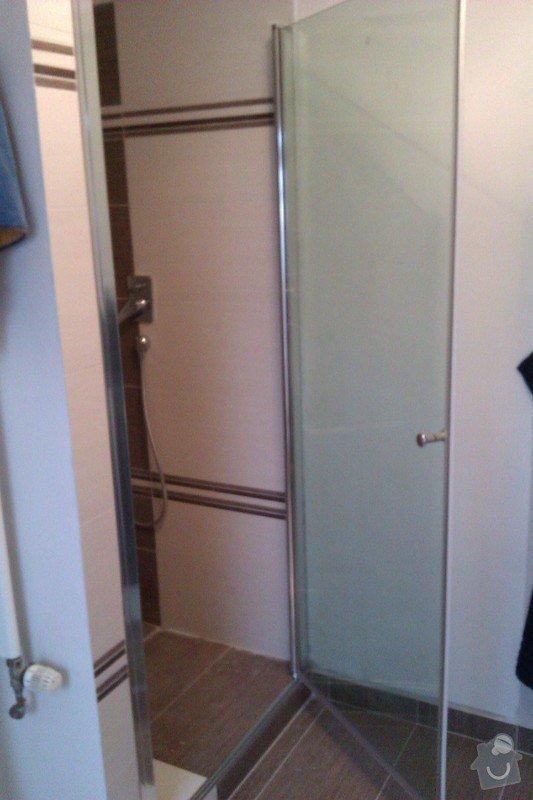 Instalace dveří do sprchového koutu: IMAG0605