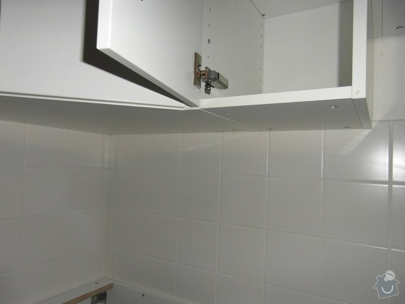 Návrh osvětlení v bytě: kuchynska_linka_misto_pro_druhou_zarivku