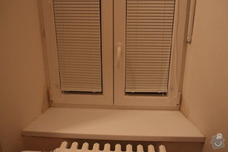 Problem s vlhkostí v bytě: Okno_pruchozi_pokoj