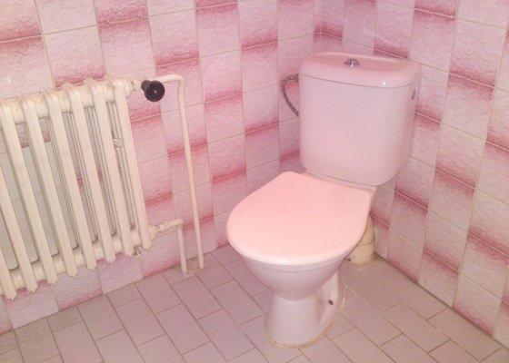 Rekonstrukce koupelny, Slaný
