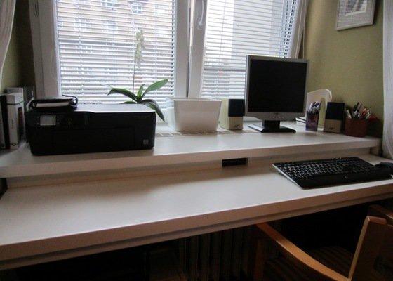 Výroba psacího stolu