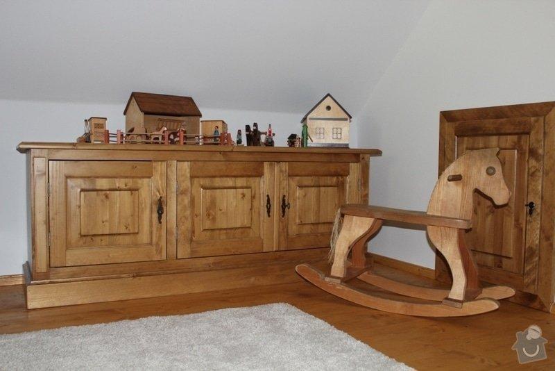 Vybavení roubenky nábytkem, kuchyňská linka a návrh a realizace obkladů roubenky: IMG_4456