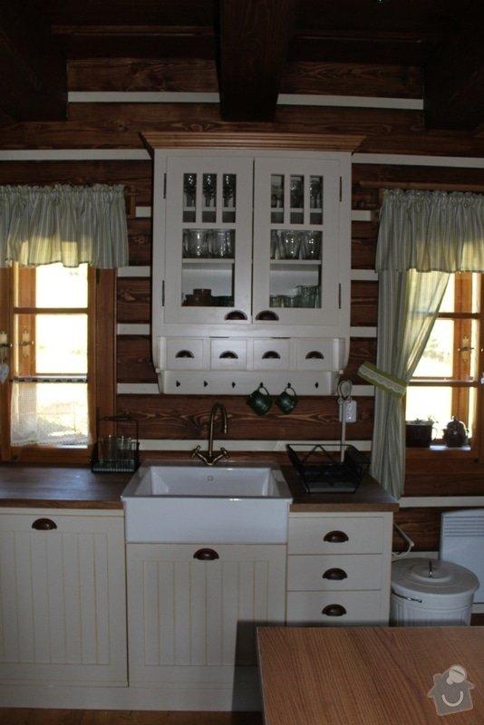 Vybavení roubenky nábytkem, kuchyňská linka a návrh a realizace obkladů roubenky: IMG_3261