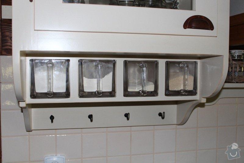 Vybavení roubenky nábytkem, kuchyňská linka a návrh a realizace obkladů roubenky: IMG_3264